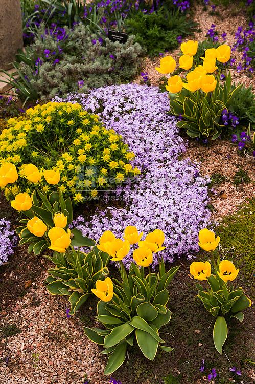 el pomar waterway garden in spring