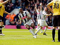 Photo: Leigh Quinnell.<br /> West Bromwich Albion v Barnsley. Coca Cola Championship. 06/05/2007. West Broms Nathan Ellington celebrates Kevin Phillips goal.