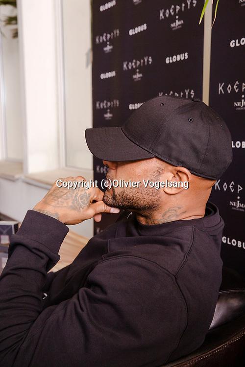 Genève, 26 octobre 2017. Booba de passage à Genève chez Globus pour présenter un nouveau parfum KoEptYs. © Olivier Vogelsang