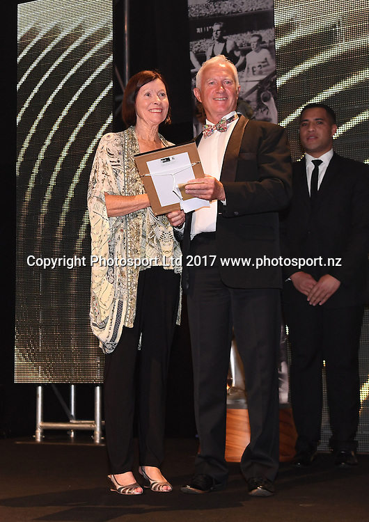 Sue Pavish and Ian Ferguson.<br /> The 54th Halberg Awards in support of the Halberg Disability Sport Foundation. Vector Arena, Auckland, New Zealand. Thursday 9 February 2017. &copy; Copyright photo: Andrew Cornaga / www.photosport.nz