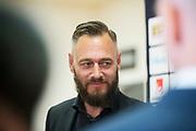 SOLNA 2016-08-23<br /> Presskonferens p&aring; Friends Arena inf&ouml;r VM-kval Sverige Holland med fotbollslandslagets f&ouml;rbundskapten Janne Andersson. I bild: Olof Lundh<br /> Foto: Nils Petter Nilsson/Ombrello<br /> ***BETALBILD***