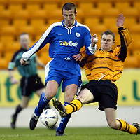 St Johnstone v Alloa..  28.12.02<br />Chris Hay and Richard Walker<br /><br />Pic by Graeme Hart<br />Copyright Perthshire Picture Agency<br />Tel: 01738 623350 / 07990 594431