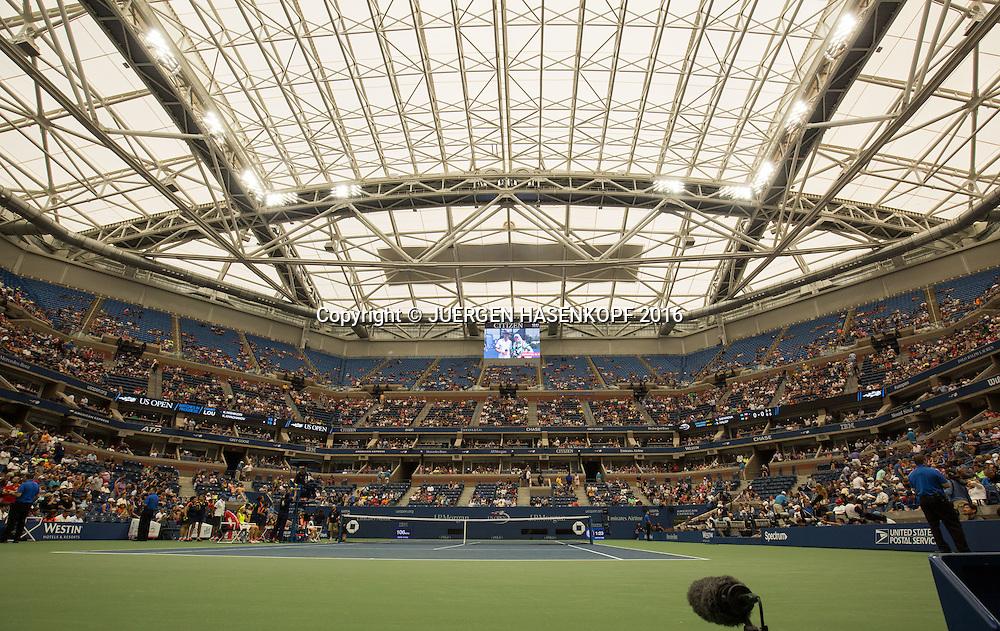 US Open  2016 Feature, Arthur Ashe Stadium Dach<br /> Arthur Ashe Stadium mit geschlossenem Dach<br /> <br /> Tennis - US Open 2016 - Grand Slam ITF / ATP / WTA -  USTA Billie Jean King National Tennis Center - New York - New York - USA  - 1 September 2016.