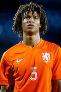 12-11-2015 VOETBAL:JONG ORANJE-JONG WIT RUSLAND:TILBURG<br /> Koning Willem II Stadion EK-kwalificatiewedstrijd<br /> <br /> Jong oranje speler Nathan Aké (Watford FC) <br /> <br /> Foto: Geert van Erven