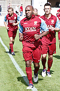 Picture by David Horn/Focus Images Ltd. 07545 970036.04/08/12.Barry Hayles of Chesham United and of Arsenal warming up before a friendly match against Arsenal at The Meadow, Chesham.
