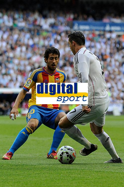 Real Madrid´s Cristiano Ronaldo and Valencia´s Daniel Parejo during 2014-15 La Liga match between Real Madrid and Valencia at Santiago Bernabeu stadium in Madrid, Spain. May 09, 2015. (ALTERPHOTOS/Luis Fernandez)