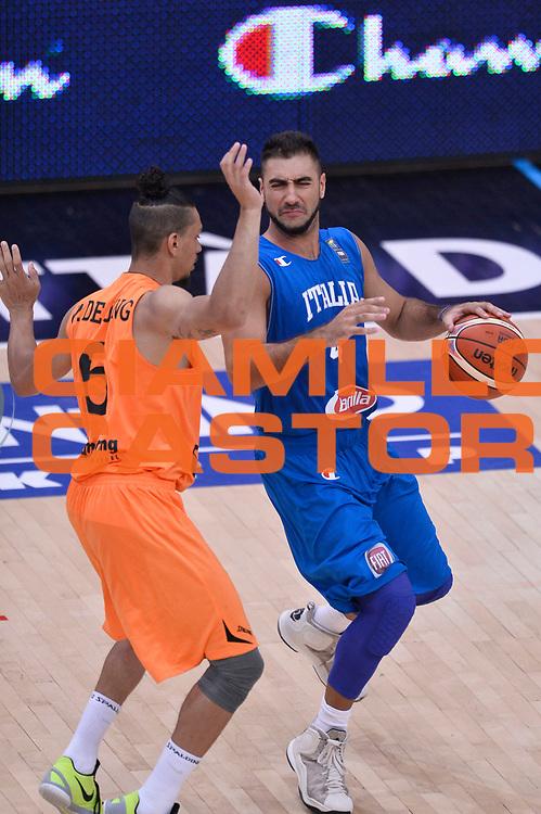 DESCRIZIONE : Trento Nazionale Italia Uomini Trentino Basket Cup Italia Paesi Bassi Italy Netherlands <br /> GIOCATORE : Pietro Aradori<br /> CATEGORIA : palleggio<br /> SQUADRA : Italia Italy<br /> EVENTO : Trentino Basket Cup<br /> GARA : Italia Paesi Bassi Italy Netherlands<br /> DATA : 30/07/2015<br /> SPORT : Pallacanestro<br /> AUTORE : Agenzia Ciamillo-Castoria/Max.Ceretti<br /> Galleria : FIP Nazionali 2015<br /> Fotonotizia : Trento Nazionale Italia Uomini Trentino Basket Cup Italia Paesi Bassi Italy Netherlands