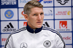 15.10.2013, Friends Arena, Stockholm, SWE, FIFA WM Qualifikation, Schweden vs Deutschland, Gruppe C, im Bild Germany 7 Bastian Schweinsteiger // during the FIFA World Cup Qualifier Group C Match between Sweden and Germany at the Friends Arena, Stockholm, Sweden on 2013/10/15. EXPA Pictures � 2013, PhotoCredit: EXPA/ PicAgency Skycam/ Sami Grahn<br /> <br /> ***** ATTENTION - OUT OF SWE *****