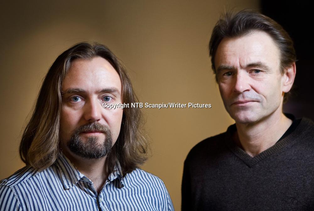 Oslo  20101102.<br /> Carl Frode Tiller (t.v.) og Lasse Kolsrud etter presentasjonen av Det Norske Teatret  sitt repertoar 2011, tirsdag.<br /> Foto: Berit Roald / Scanpix<br /> <br /> NTB Scanpix/Writer Pictures<br /> <br /> WORLD RIGHTS, DIRECT SALES ONLY, NO AGENCY
