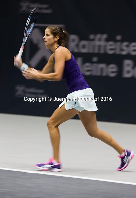 JULIA GOERGES (GER), Mitzieher,Bewegungsunschaerfe,<br /> <br /> Tennis - Ladies Linz 2016 - WTA -  TipsArena  - Linz - Oberoesterreich - Oesterreich - 13 October 2016. <br /> &copy; Juergen Hasenkopf