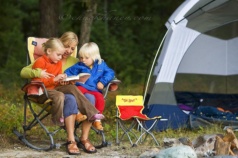 Kirsten Sabin teaching children about animal tracks at campsite near Whitefish Montana model released