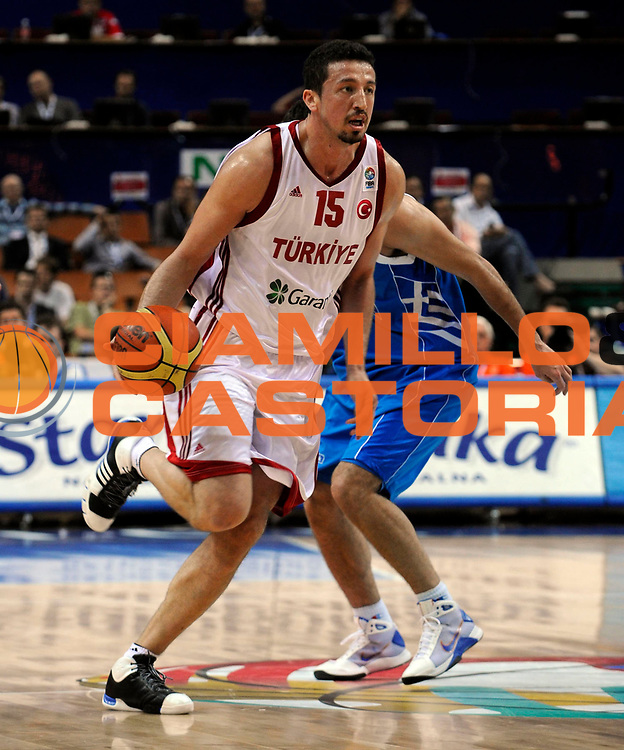 DESCRIZIONE : Katowice Poland Polonia Eurobasket Men 2009 Quarter Final Turchia Turkey Grecia Greece<br /> GIOCATORE : Hidayet T&uuml;rkoglu<br /> SQUADRA : Turchia Turkey<br /> EVENTO : Eurobasket Men 2009<br /> GARA : Turchia Turkey Grecia Greece <br /> DATA : 18/09/2009 <br /> CATEGORIA : <br /> SPORT : Pallacanestro <br /> AUTORE : Agenzia Ciamillo-Castoria/N.Parausic<br /> Galleria : Eurobasket Men 2009 <br /> Fotonotizia : Katowice  Poland Polonia Eurobasket Men 2009 Quarter Final Turchia Turkey Grecia Greece<br /> Predefinita :