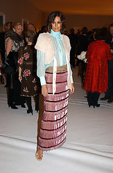 YASMIN LE BON at the Moet & Chandon Fashion Tribute 2005 to Matthew Williamson, held at Old Billingsgate, City of London on 16th February 2005.<br /><br />NON EXCLUSIVE - WORLD RIGHTS