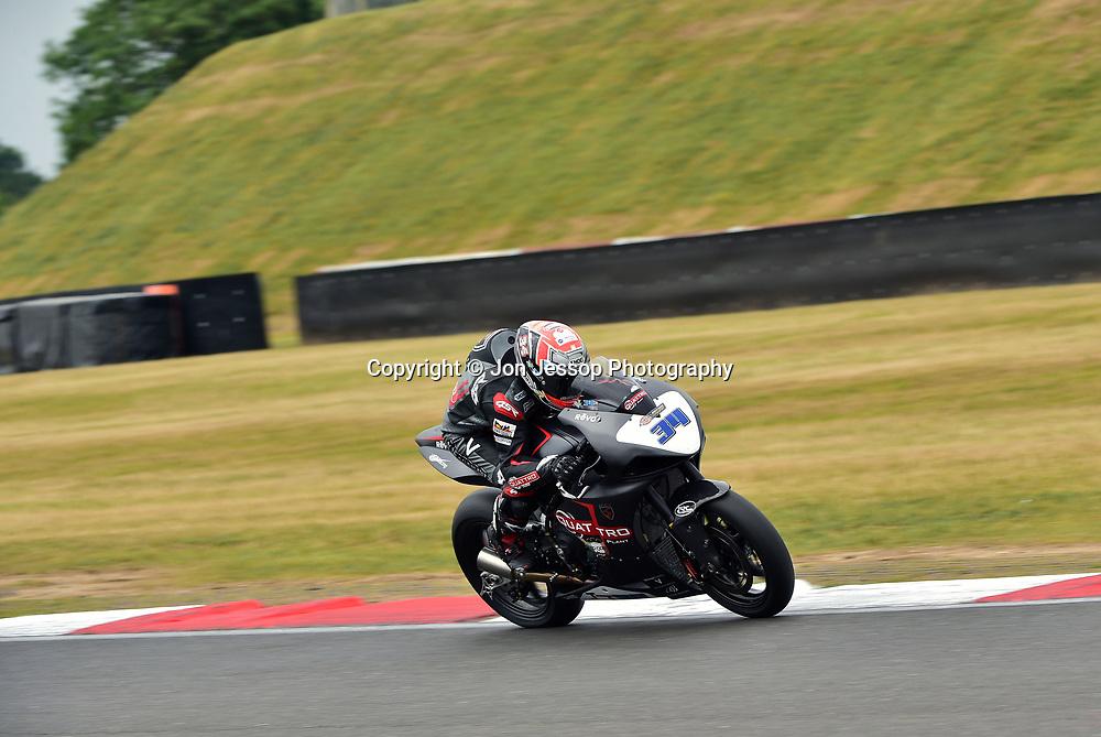 #34 Alastair Seeley Carrickfergus Team Quattro Spirit Spirit Moto2 675  Dickies British Supersport Championship
