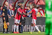 UTRECHT - 21-08-2016, FC Utrecht - AZ, Stadion Galgenwaard, wissel, debuut FC Utrecht speler Edson Braafheid, FC Utrecht speler Giovanni Troupee