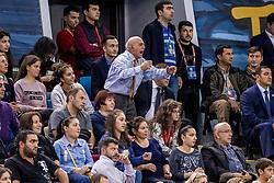 01-10-2017 AZE: CEV European Volleyball Azerbeidzjan - Turkije, Baku<br /> Turkije pakt de bronze medaille door het thuisland met 3-1 te verslaan / Support publiek juichen
