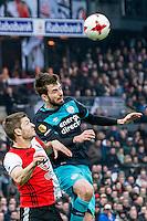 ROTTERDAM - Feyenoord - PSV , Voetbal , Eredivisie , Seizoen 2016/2017 , De Kuip , 26-02-2017 ,  Feyenoord speler Jan Arie van der Heijden (l) in kop duel met PSV speler Davy Propper (r)