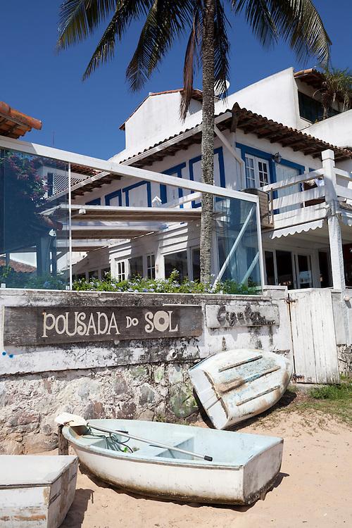 Beach entrance from Pousada do Sol