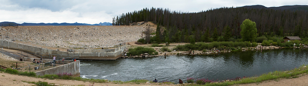 The Shadow Mountain Dam at the bottom of Shadow Mountain Lake in the Rocky Mountain National Park is the first dam in the Colorado River. It was built in 1946, is 63 feet (19m) high and 3077 feet (938m) long. Downstream of the dam is a popular fishing spot.