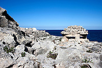 Torretta di avvistamento della seconda guerra mondiale, situata sulla costa di Novaglie, frazione di Alessano (LE)