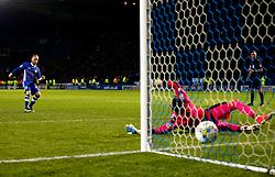 Barry Bannan of Sheffield Wednesday scores a penalty - Mandatory by-line: Matt McNulty/JMP - 17/05/2017 - FOOTBALL - Hillsborough - Sheffield, England - Sheffield Wednesday v Huddersfield Town - Sky Bet Championship Play-off Semi-Final 2nd Leg