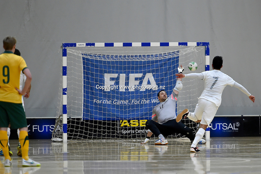 Futsal Whites' Marvin Eakins in action during the ASB Trans Tasman Cup - Futsal Whites v Futsal Roos at ASB Sports Centre, Wellington, New Zealand on Wednesday 8 July 2015.<br /> Photo : Masanori Udagawa / www.photosport.nz