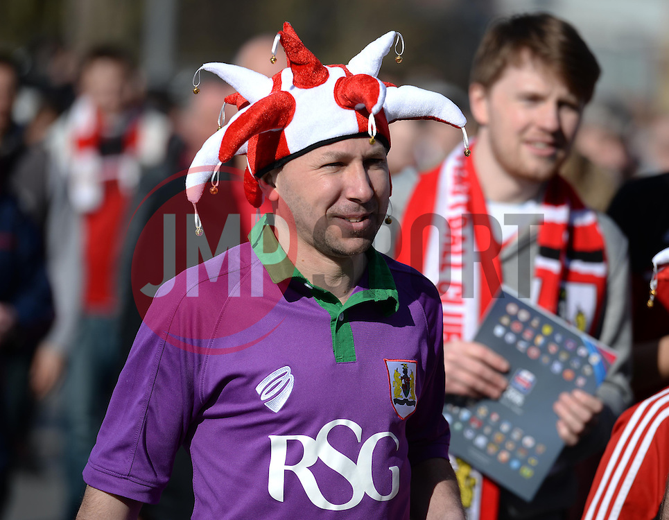 Bristol Fans on wembley way. - Photo mandatory by-line: Alex James/JMP - Mobile: 07966 386802 - 22/03/2015 - SPORT - Football - London - Wembley Stadium - Bristol City v Walsall - Johnstone Paint Trophy Final