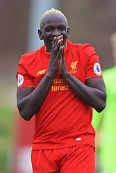 BURTON-UPON-TRENT, ENGLAND - Saturday, December 3, 2016: Liverpool's Mamadou Sakho looks dejected after missing a chance against Leicester City during the Premier League International Cup match at St. George's Park. (Pic by David Rawcliffe/Propaganda)