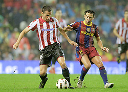 25.09.2010, San Mames, Bilbao, ESP, Primera Division, Athletic Bilbao vs FC Barcelona, im Bild Atletic de Bilbao's Pablo Orbaiz (l) and FC Barcelona's Xavi Hernandez during La Liga match. EXPA Pictures © 2010, PhotoCredit: EXPA/ Alterphotos/ Acero +++++ ATTENTION - OUT OF SPAIN / ESP +++++
