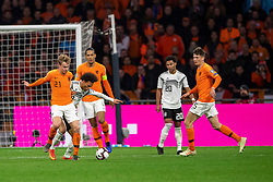 24-03-2019 NED: UEFA Euro 2020 qualification Netherlands - Germany, Amsterdam<br /> Netherlands lost the match 3-2 in the last minute / Frenky de Jong #21 of The Netherlands, Leroy Sane #19 of Germany, Virgil van Dijk #4 of The Netherlands, Serge Gnarby #20 of Germany, Marten de Roon #15 of The Netherlands