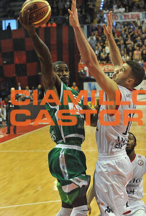 DESCRIZIONE : Biella Lega A 2011-12 Angelico Biella Sidigas Avellino<br /> GIOCATORE : Taquan Dean<br /> SQUADRA : Sidigas Avellino<br /> EVENTO : Campionato Lega A 2011-2012 <br /> GARA : Angelico Biella Sidigas Avellino<br /> DATA : 05/12/2011<br /> CATEGORIA : Penetrazione Tiro<br /> SPORT : Pallacanestro <br /> AUTORE : Agenzia Ciamillo-Castoria/ L.Goria<br /> Galleria : Lega Basket A 2011-2012 <br /> Fotonotizia : Biella Lega A 2011-12 Angelico Biella Sidigas Avellino<br /> Predefinita :