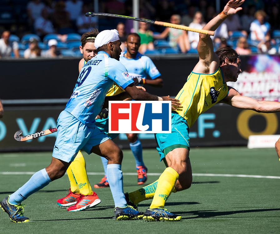 BREDA - Jeremy Hayward (Aus) met Simranjeet Singh (Ind.)   Australia-India (1-1), finale Rabobank Champions Trophy 2018. Australia wint shoot outs.  COPYRIGHT  KOEN SUYK