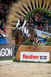 THOMSEN Peter (GER), Horseware Nobleman<br /> Stuttgart - German Masters 2018<br /> Zwei-Phasen-Zeitspringen<br /> Indoor Geländeritt<br /> 14. November 2018<br /> © www.sportfotos-lafrentz.de/Stefan Lafrentz