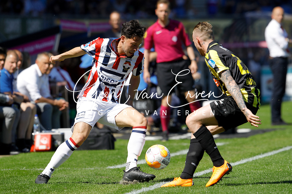 (L-R) *Thom Haye* of Willem II, *Alexander Buttner* of Vitesse
