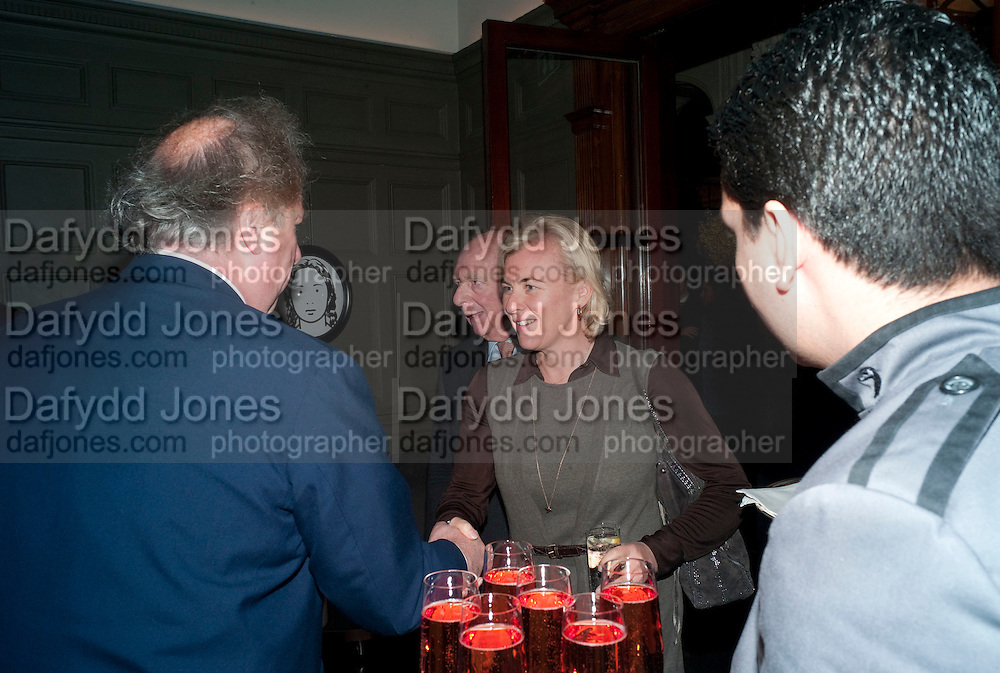 GRAYDON CARTER; PRINCE RUPERT LOEWENSTEIN;COUNTESS DORA  DELLA GHEREDESCA. Graydon and Anna Carter host a lunch for Carolina Herrera to celebrate the ipening of her new shop on Mount St. .The Connaught. London. 20 January 2010