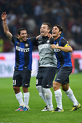 07.10.2012, Giuseppe Meazza Stadion, Mailand, ITA, Serie A, AC Mailand vs Inter Mailand, 7. Runde, im Bild 07.10.2012, Giuseppe Meazza Stadion, Mailand, ITA, Serie A, AC Mailand vs Inter Mailand, 7. Runde, im Bild Esultanza Walter Gargano, Antonio Cassano, Javier Zanetti Inter // during the Italian Serie A 7th round match between AC Milan and Inter Milan at the Giuseppe Meazza Stadium, Milan, Italy on 2012/10/07. EXPA Pictures © 2012, PhotoCredit: EXPA/ Insidefoto/ Andrea Staccioli..***** ATTENTION - for AUT, SLO, CRO, SRB, SUI and SWE only *****