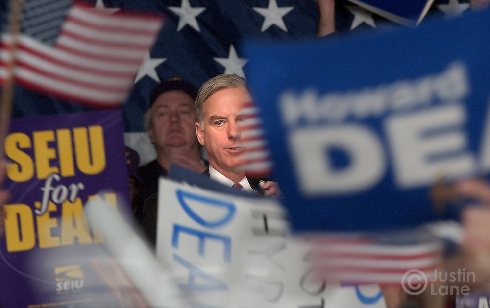 Former Vermont Governor Howard Dean speaks to a crowd of students at the University of New Hampshire in Durham, NH Monday 26 JAN 2004 during a presidential campaign event on the eve of the nation's first primary..EPA/JUSTIN LANE