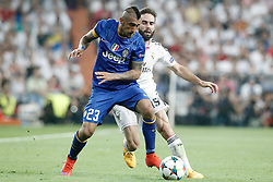 13.05.2015, Estadio Santiago Bernabeu, Madrid, ESP, UEFA CL, Real Madrid vs Juventus Turin, Halbfinale, R&uuml;ckspiel, im Bild Real Madrid's Daniel Carvajal (r) and Juventus' Arturo Vidal // during the UEFA Champions League semi finals 2nd Leg match between Real Madrid CF and Juventus FC at the Estadio Santiago Bernabeu in Madrid, Spain on 2015/05/13. EXPA Pictures &copy; 2015, PhotoCredit: EXPA/ Alterphotos/ Acero<br /> <br /> *****ATTENTION - OUT of ESP, SUI*****