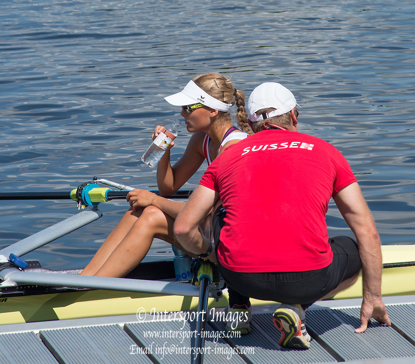 Hamburg. GERMANY.   SUI JW1X. Coach talking to Women's Single. Friday, Morning Quarter Finals at the 2014 FISA Junior World rowing. Championships.  13:52:13  Friday  08/08/2014  [Mandatory Credit; Peter Spurrier/Intersport-images] 2014. Empacher. Hamburg.