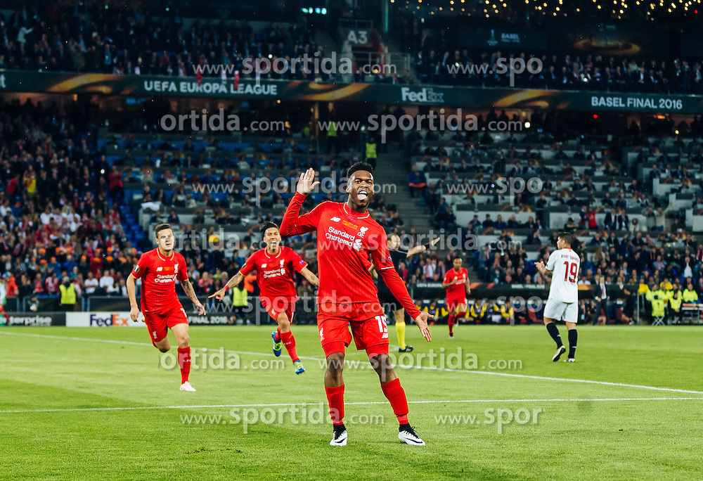 18.05.2016, St. Jakob Park, Basel, SUI, UEFA EL, FC Liverpool vs Sevilla FC, Finale, im Bild Torjubel Liverpool nach dem 1:0 durch Daniel Sturridge (FC Liverpool) // Goal Celebration after Daniel Sturridge (FC Liverpool) scores the opening Goal during the Final Match of the UEFA Europaleague between FC Liverpool and Sevilla FC at the St. Jakob Park in Basel, Switzerland on 2016/05/18. EXPA Pictures © 2016, PhotoCredit: EXPA/ JFK