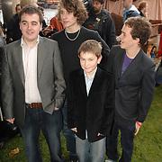 NLD/Rotterdam/20061112 - Premiere Kruistocht in Spijkerbroek, Luke Gell, Robert Timmins, Mykola Allen en Jake Kedge