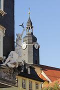 Figuren über Laden, Einkaufstraße, Ilmenau, Thüringen, Deutschland   figures over shop, shopping street, Ilmenau, Thuringia, Germany