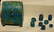 Burial goods - jewellery box with lid, variedly decorated rings. 25th dynasty, 750 years BC Abusir el-Meleq
