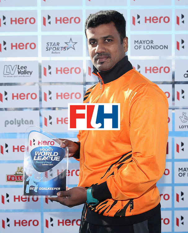 LONDON, ENGLAND - JUNE 25:  Kumar Subramiam of Malaysia poses with his Best Goalkeeper award after the final match between Argentina and the Netherlands on day nine of the Hero Hockey World League Semi-Final at Lee Valley Hockey and Tennis Centre on June 25, 2017 in London, England.  (Photo by Alex Morton/Getty Images)