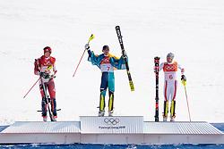 22.02.2018, Yongpyong Alpine Centre, Pyeongchang, KOR, PyeongChang 2018, Ski Alpin, Herren, Slalom, Siegerpräsentation, im Bild v.l. Ramon Zenhaeusern (SUI, 2. Platz), Andre Myhrer (SWE, 1. Platz), Michael Matt (AUT, 3. Platz) // f.l. silver medalist Ramon Zenhaeusern of Switzerland gold medalist and Olympic champion Andre Myhrer of Sweden bronce medalist Michael Matt of Austria during the winner presentation of the men's Alpine Slalom Race of the Pyeongchang 2018 Winter Olympic Games at the Yongpyong Alpine Centre in Pyeongchang, South Korea on 2018/02/22. EXPA Pictures © 2018, PhotoCredit: EXPA/ Johann Groder