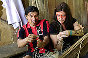 Ecuador, May 6 2010: Moi and Lianne Norman make rope. Copyright 2010 Peter Horrell