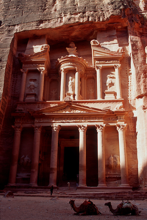 Al Khazneh (the Treasury), Petra, Jordan