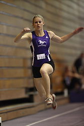 London, Ontario ---11-01-22---   Mila Simulik of the Western Mustangs competes at the 2011 Don Wright meet at the University of Western Ontario, January 22, 2011..GEOFF ROBINS/Mundo Sport Images.