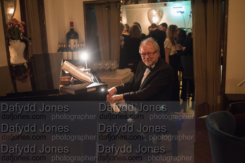 TOM WAKELEY, Nicky Haslam hosts dinner at  Gigi's for Leslie Caron. 22 Woodstock St. London. W1C 2AR. 25 March 2015