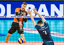 17.04.2019, Olympiahalle Innsbruck, Innsbruck, AUT, VBL, Deutsche Volleyball Bundesliga, HYPO Tirol Alpenvolleys Haching vs Berlin Recycling Volleys, Halbfinale, 3. Spiel, im Bild v.l.: Egor Bogachev (Berlin), German Johansen (Tirol) // during the German Volleyball Bundesliga (VBL) 3rd semifinal match between HYPO Tirol Alpenvolleys Haching and Berlin Recycling Volleys at the Olympiahalle Innsbruck in Innsbruck, Austria on 2019/04/17. EXPA Pictures © 2019, PhotoCredit: EXPA/ JFK